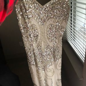 Gorgeous white sequined dress!